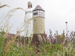 Liesel mit Turm v. Christof Paul in Karben – Burg-Gräfenrode